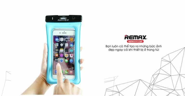 Remax RT-W2 có thể cảm ứng ngay dưới nước