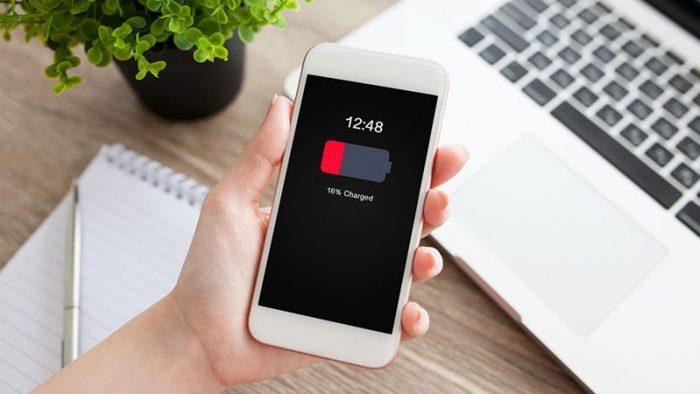 Có nên thay pin Iphone hay không?