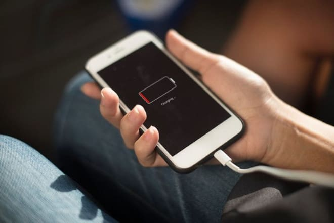 Pin Iphone chai bao nhiêu thì thay?