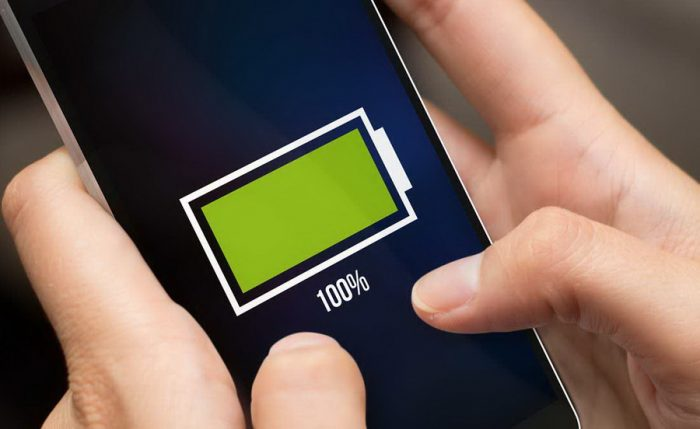 Sử dụng cáp sạc chính hãng rút ngắn quá trình sạc pin cho điện thoại